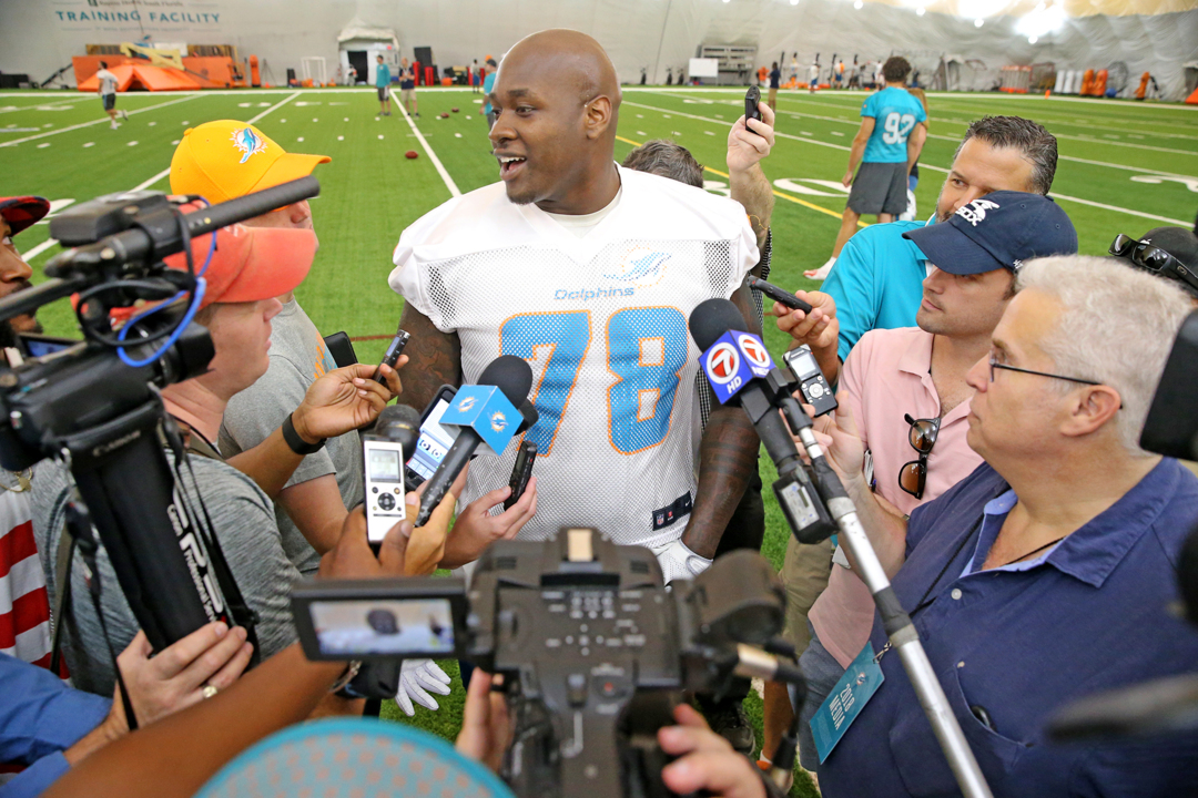 Taking the next step: Laremy Tunsil trying to raise the play of his younger teammates