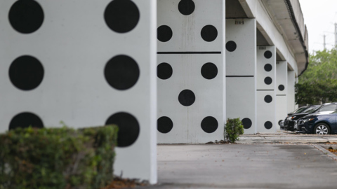 Miami Metrorail pillars turned into giant dominoes