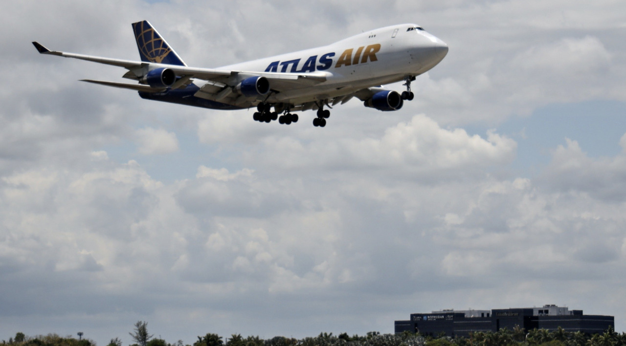 Miami pilot was killed in a plane crash. Now his brother is suing Atlas Air and Amazon.