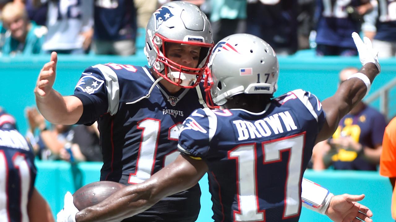 sale retailer 51cbb 980a6 Tom Brady on Possible 16-0 Season, Antonio Brown's Patriots Debut | Home &  Home