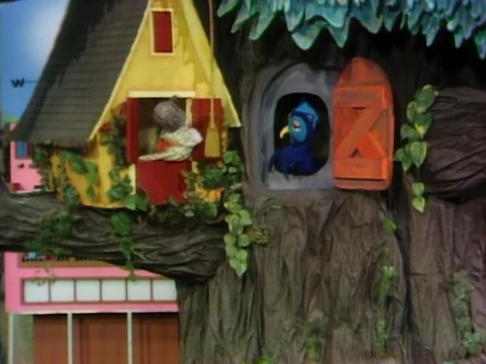 X The Owl Mister Rogers Neighborhood