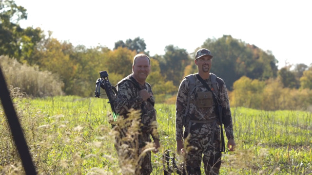 S2-E4: Mark Kenyon's Dad Kills His First Archery Buck