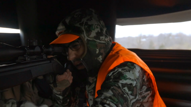 S2-E06: New Hunter Gets a Crack at His First Buck