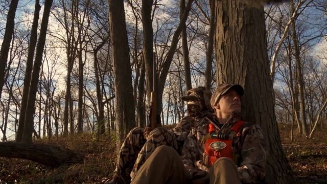 S6-E07: Duren Deer Camp: Wisconsin Whitetail With Helen and Brittany Part 1