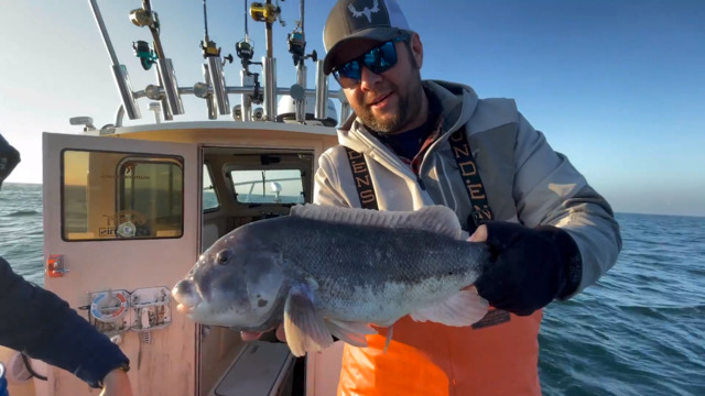 S1-E04: All I Want For Christmas Is Tautog