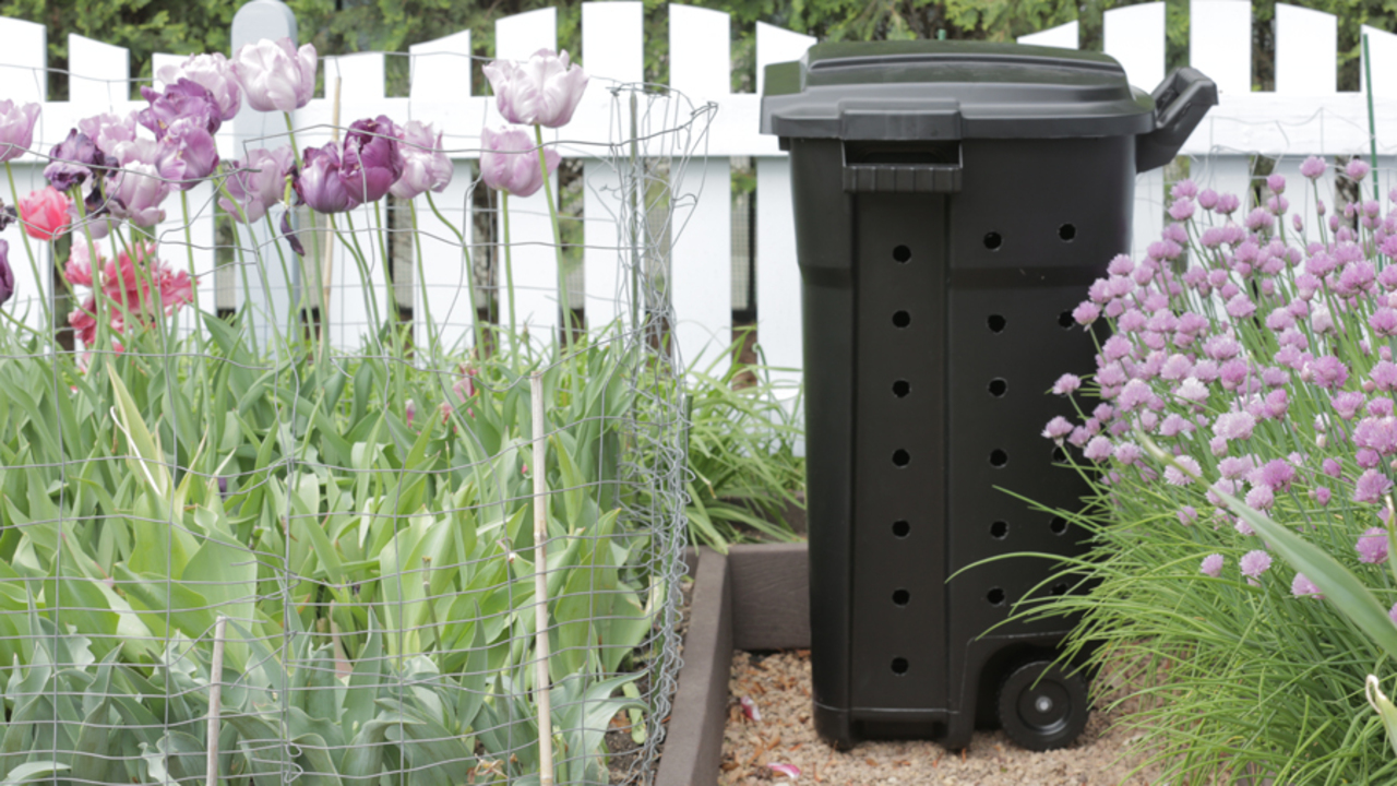 How do i make my own compost bin