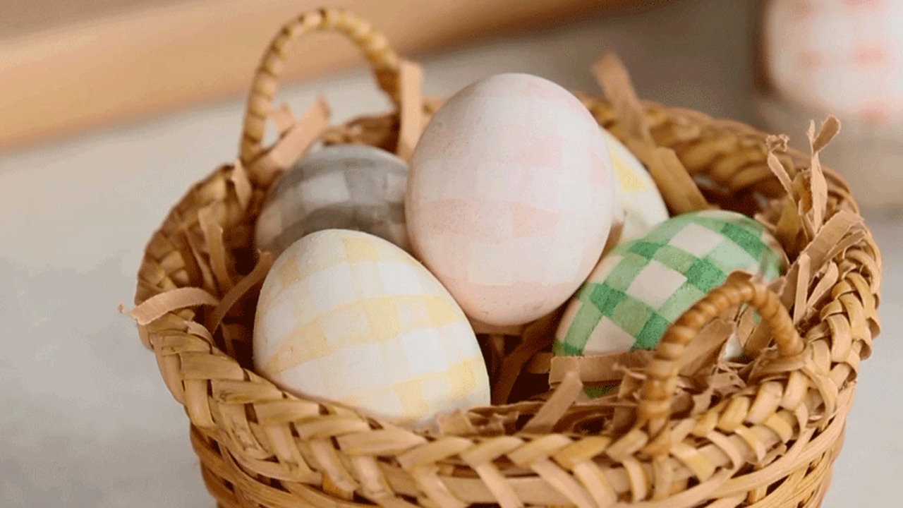 Natural-Dyed Gingham Easter Eggs