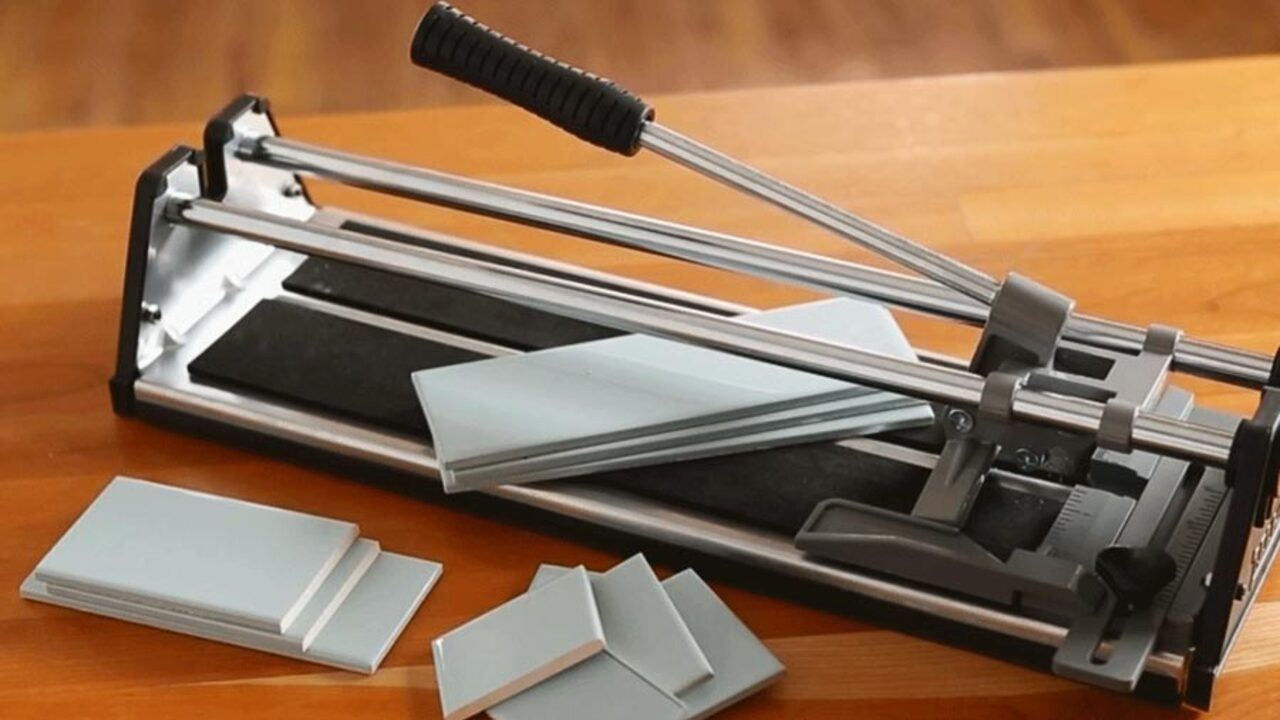 How to Cut Tile for a Kitchen Backsplash