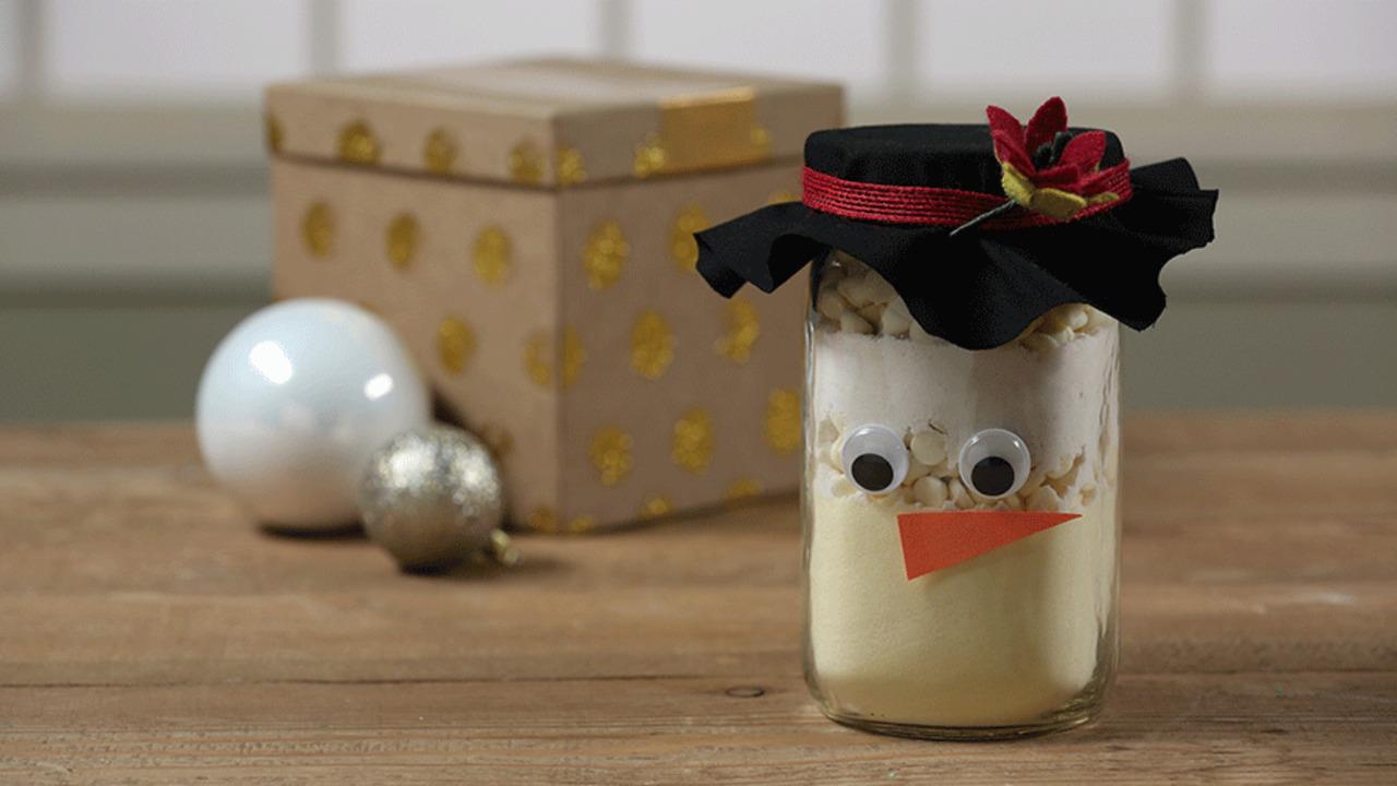 Simple Snowman Jars