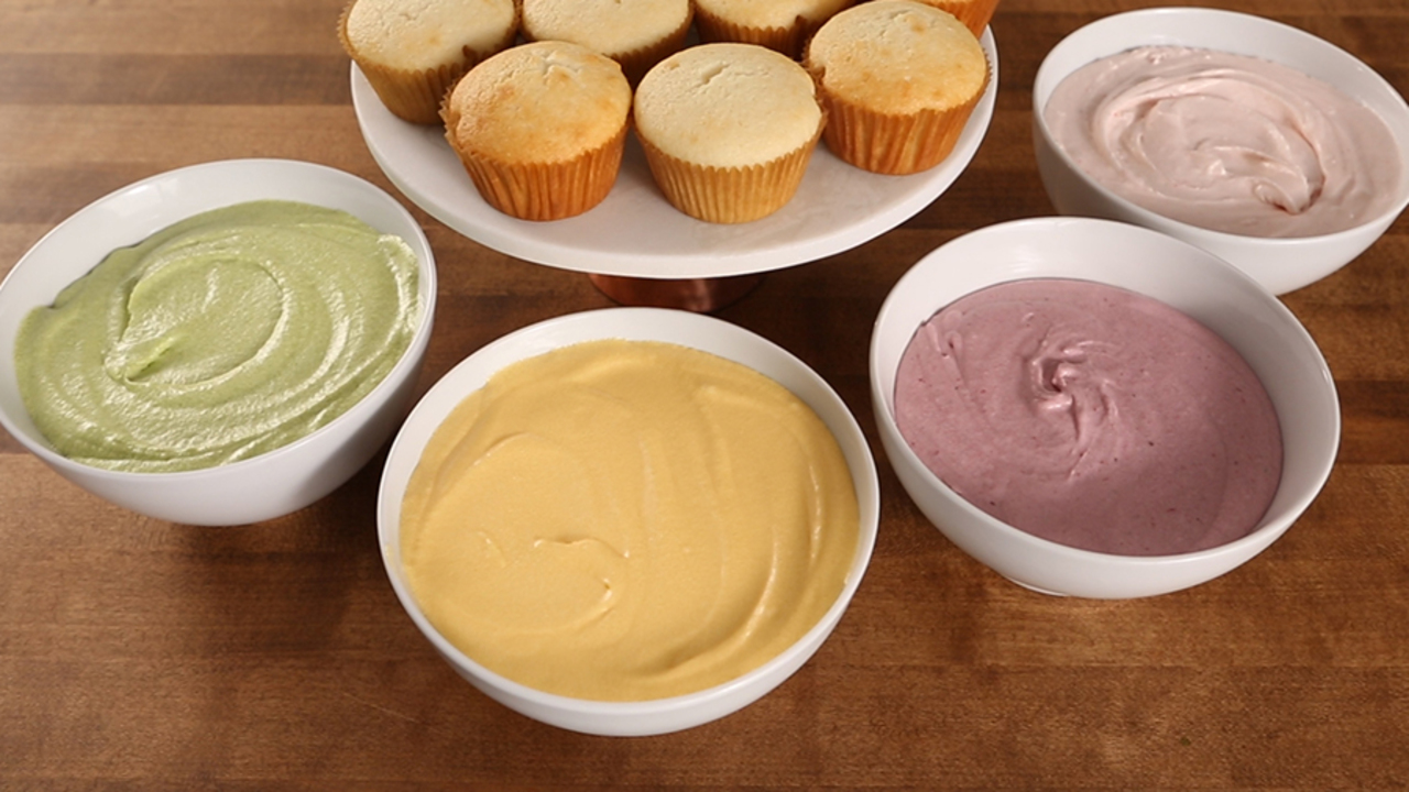 Frosting Made with Natural Food Coloring | Better Homes & Gardens