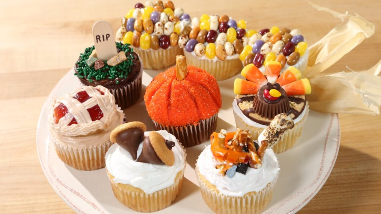 7 Adorable Decorated Fall Cupcakes Better Homes Gardens