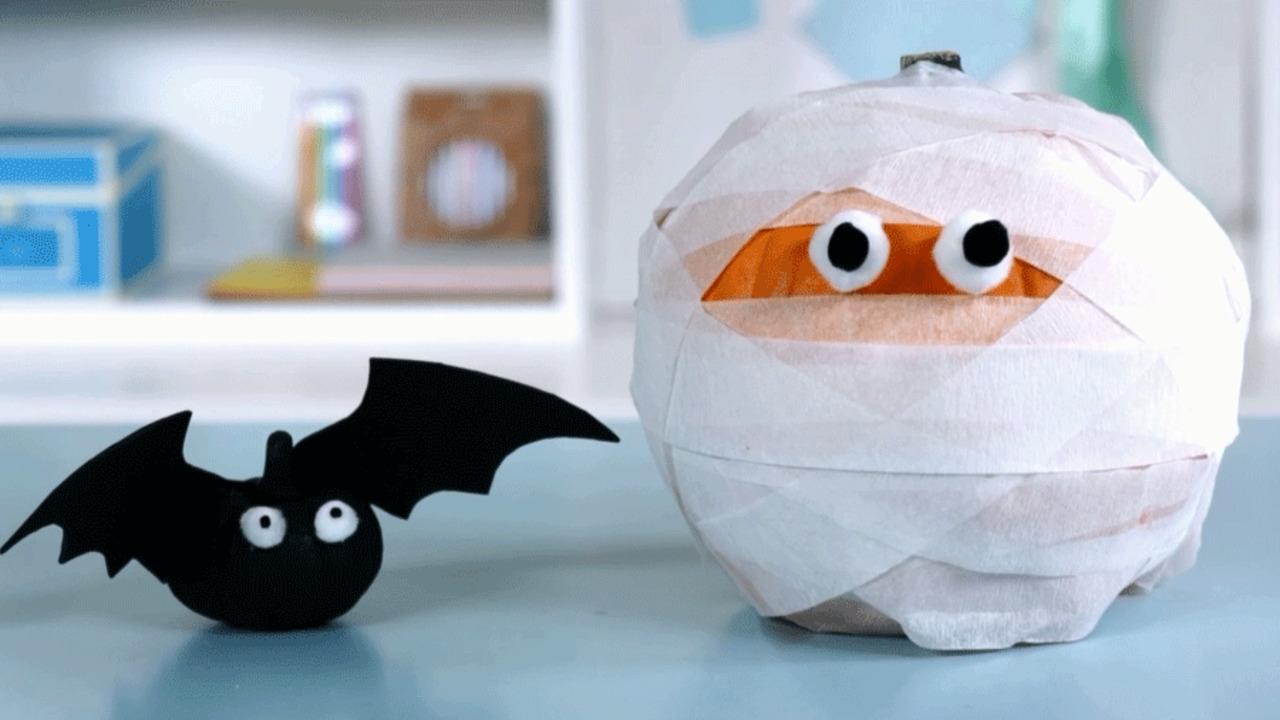How To Make No-Carve Mummy and Bat Pumpkins
