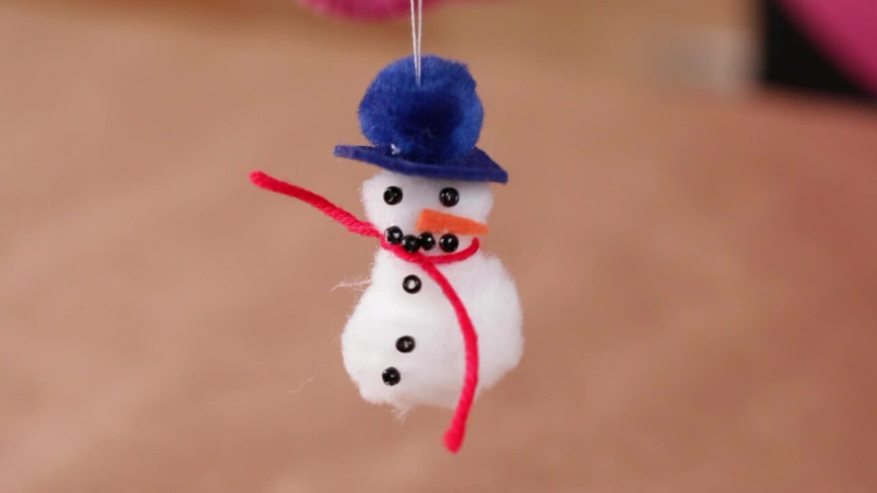 How to Make a Fluffy Snowman Ornament