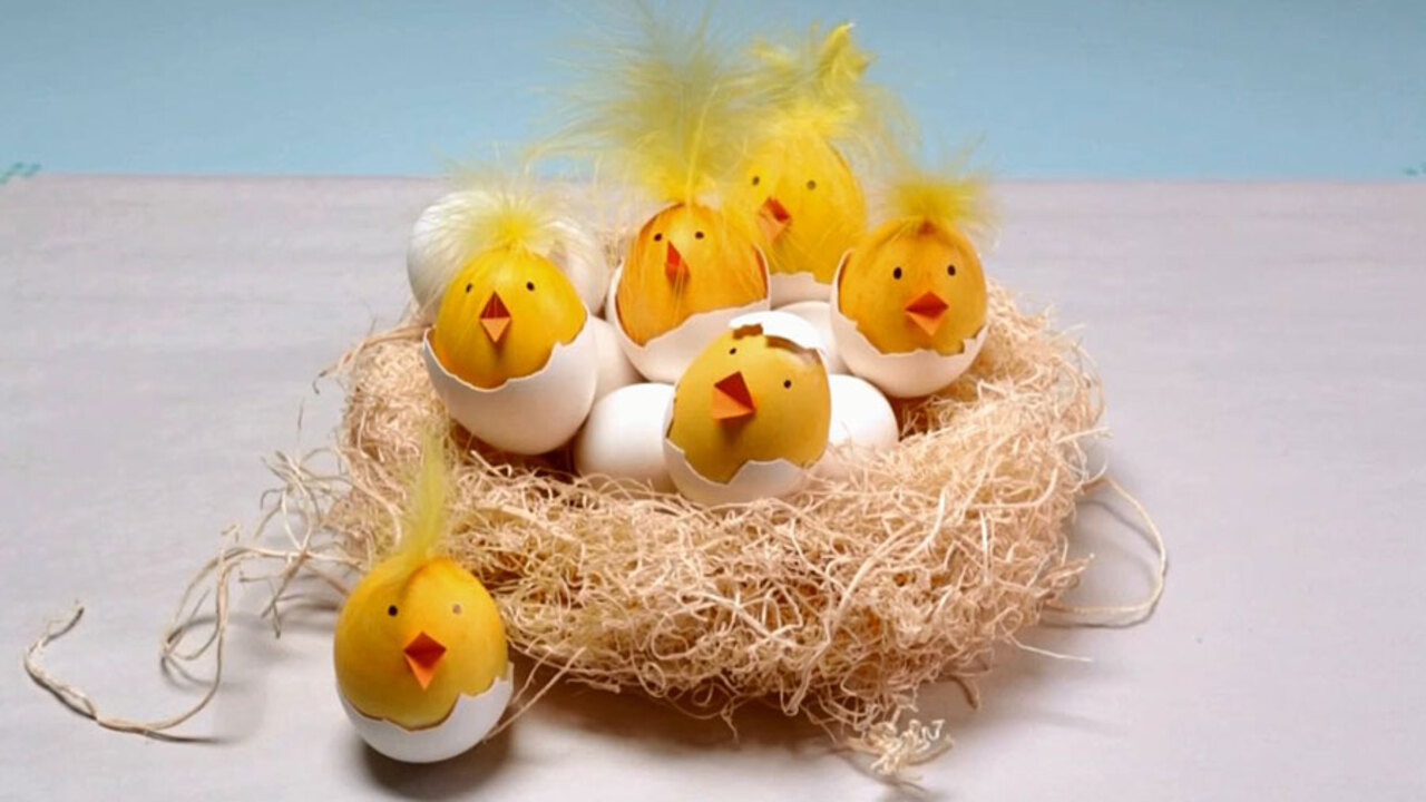 How to Make Chick Easter Eggs