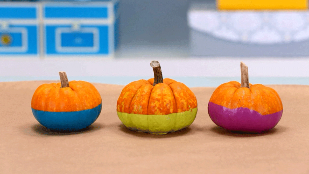 Quick and Easy Pumpkin Craft: Dipped Painted Pumpkins