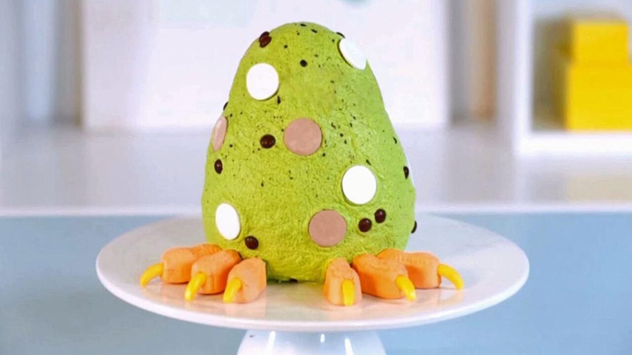 How to Make a Dinosaur-Egg Cake