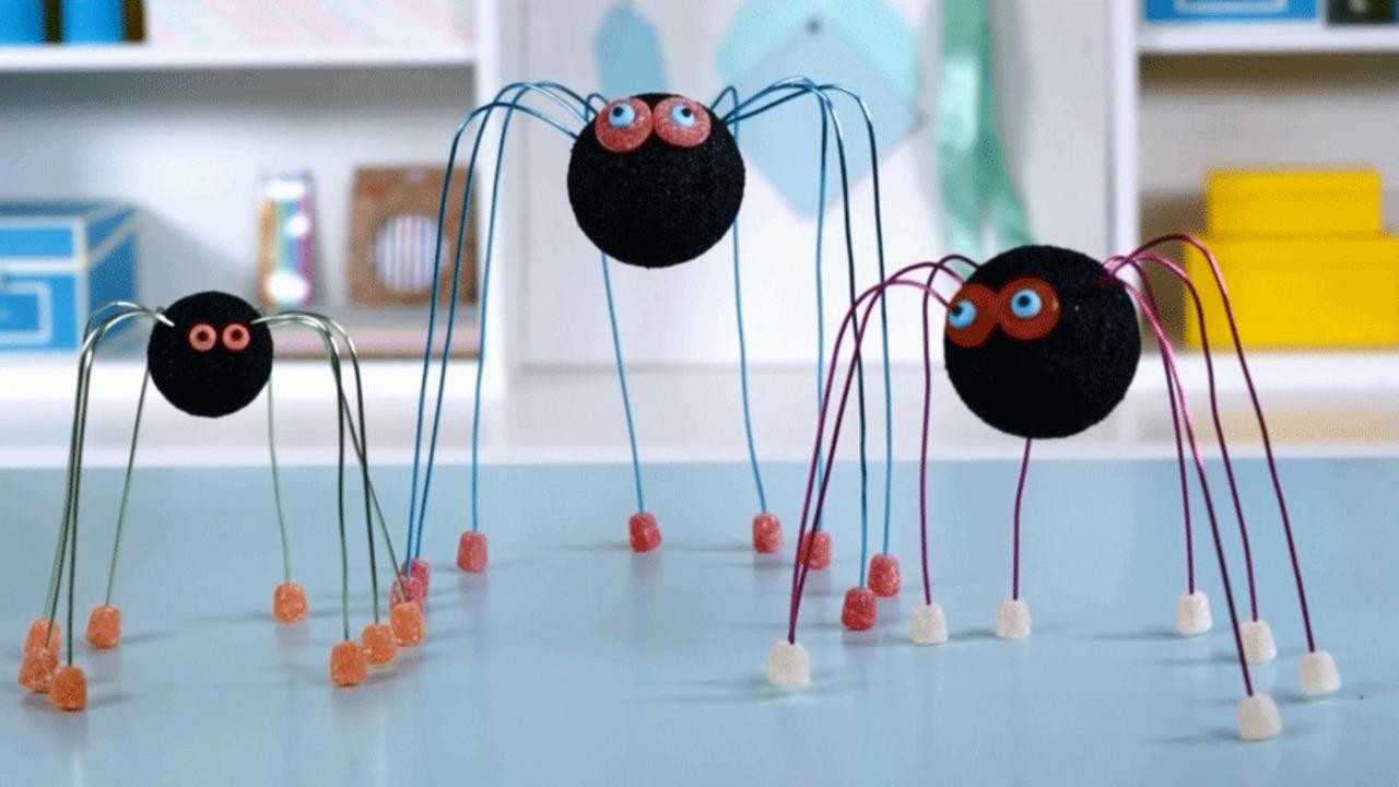 Make a Candy-Craft Spider