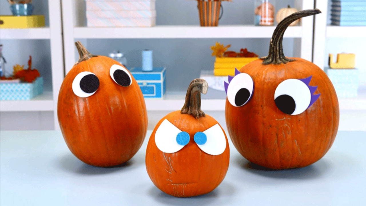 Quick and Easy Pumpkin Craft: Funny Eyes Pumpkins