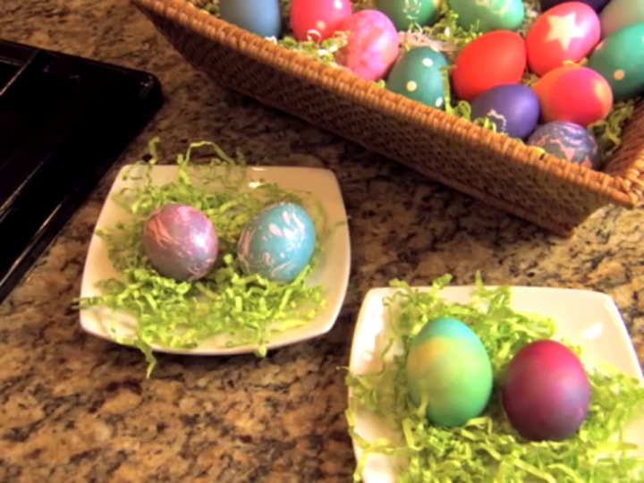 How to - Advanced Easter Egg Dying Tips