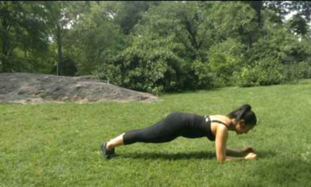 Minute Moves with Tina Tang: Plank