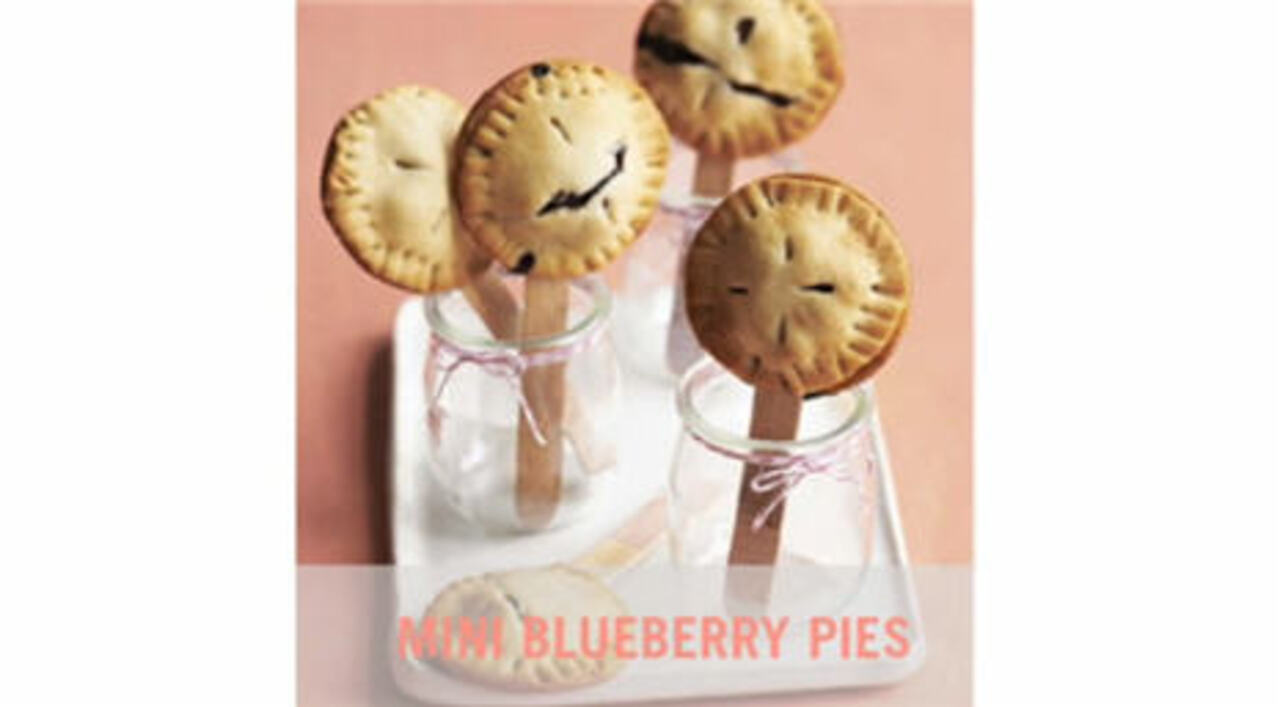 Video: Mini Blueberry Pies