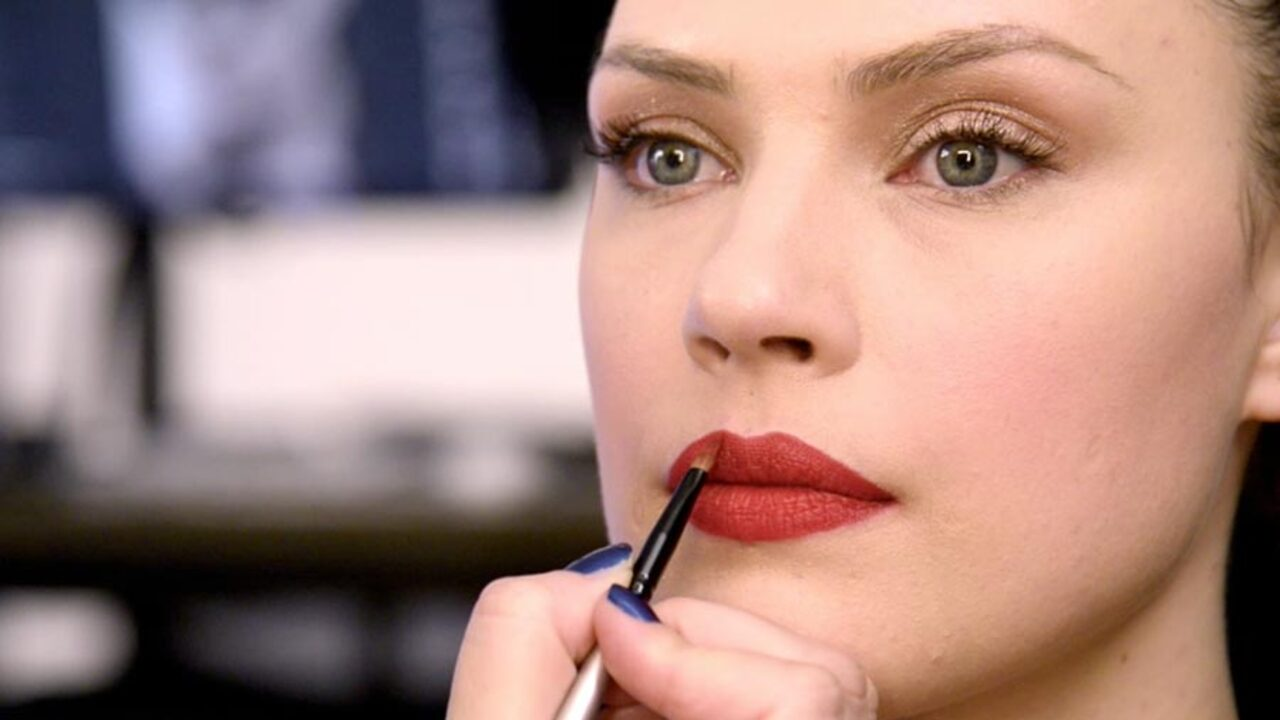 Beauty Insider: The Orange-Red Lip