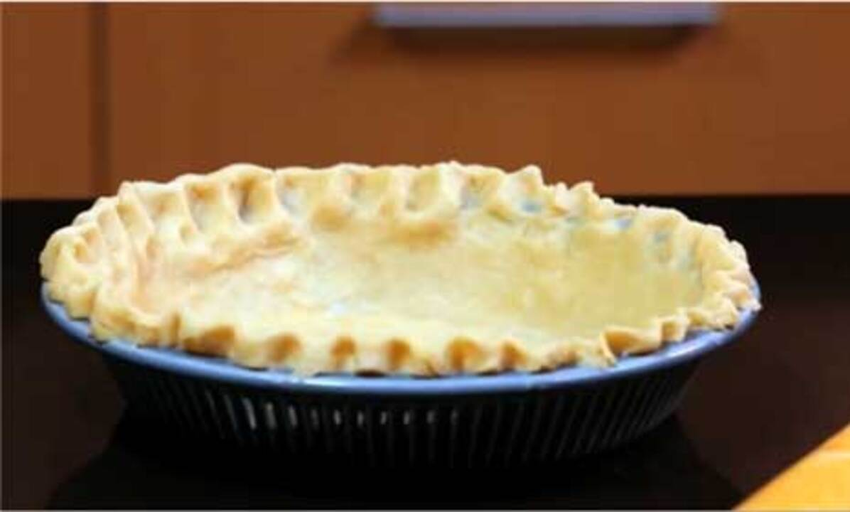 Video: How to Make Homemade Pie Crust