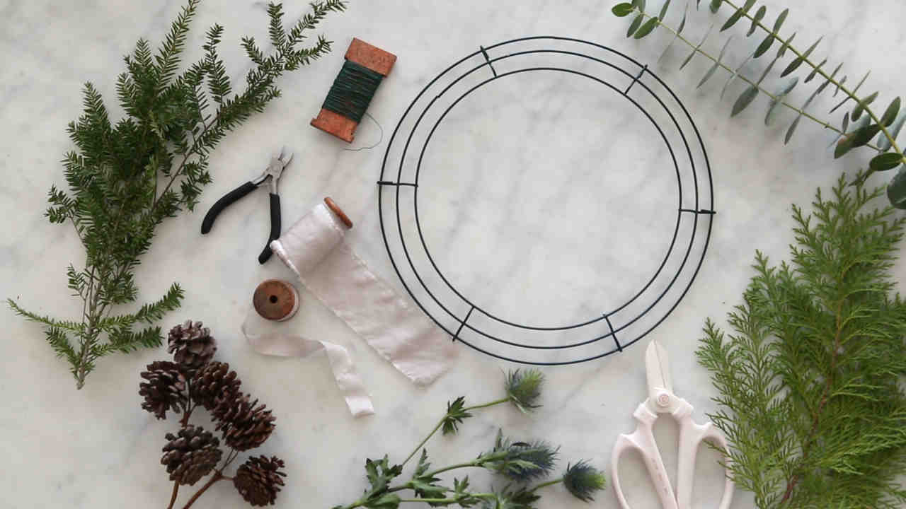 Watch How to Make a Wreath