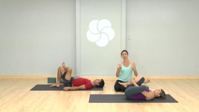 10 Minute Pre-Bedtime Yoga