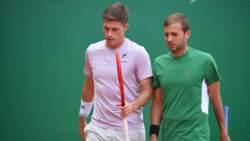 Hot Shots: Después De Ganarle A Djokovic, Evans Salva MPs En Dobles Con Dos Globazos