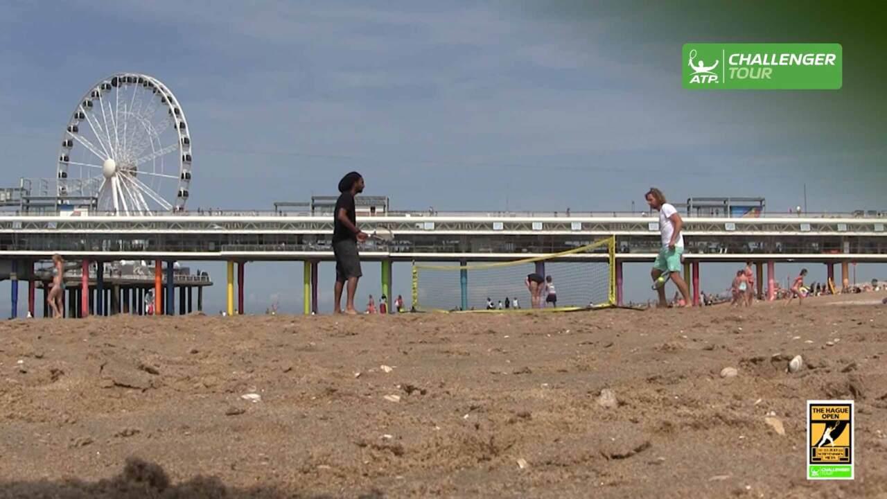 Brown, Begemann Enjoy Day At The Beach In Scheveningen
