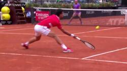 Hot Shot: Djokovic's Excellent Anticipation To Answer Fast Forehand
