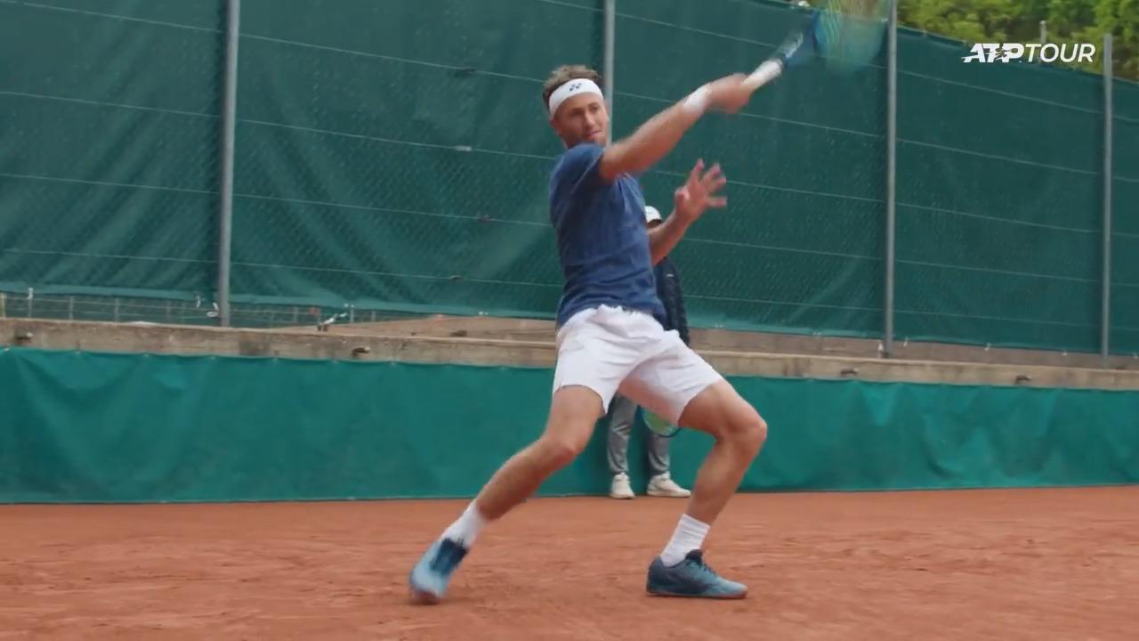 Watch Ruud Practise In Geneva