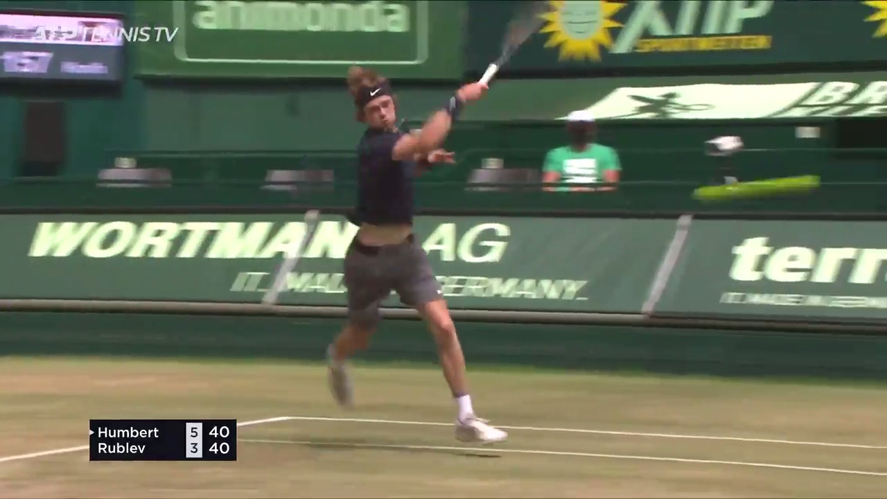 Hot Shot: Out Of The Air? No Problem For Rublev