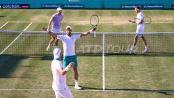Hot Shot: Djokovic & Gomez-Herrera Ganan Un Punto Increíble En El Dobles En Mallorca