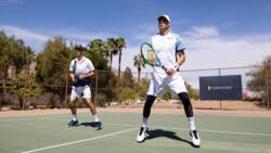 TopCourt: Bryan Brothers Share Doubles Tips