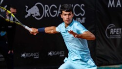 Hot Shot: No Chance Against This 'Jaw-Dropping' Alcaraz Forehand