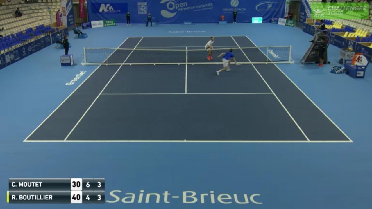 Boutillier Finds Amazing Angle Drop Shot At Saint Brieuc Challenger 2017