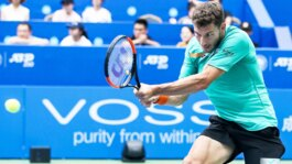Hot Shot: Carreno Busta Reacts Quickly, Earns Set Point In Chengdu