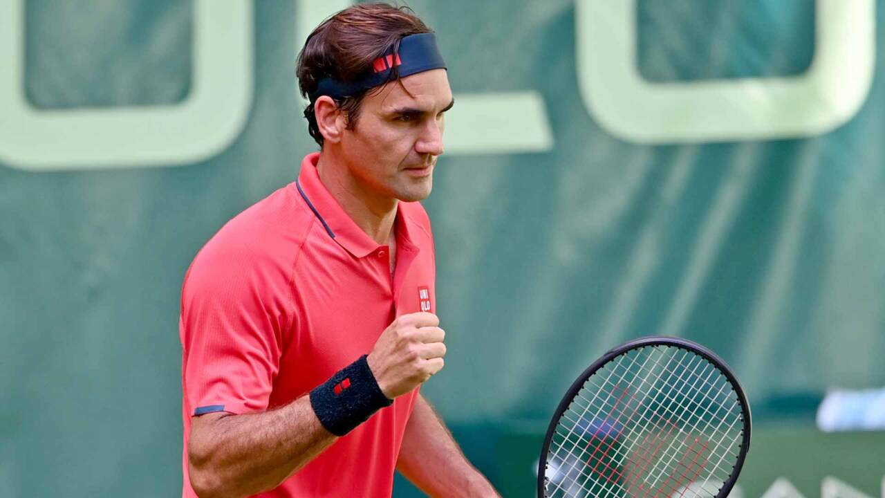 Hot Shot: Federer Finds Magical Pickup In Halle