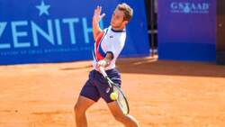 Hot Shot: Gaston Wins Epic Rally With Forehand Pass