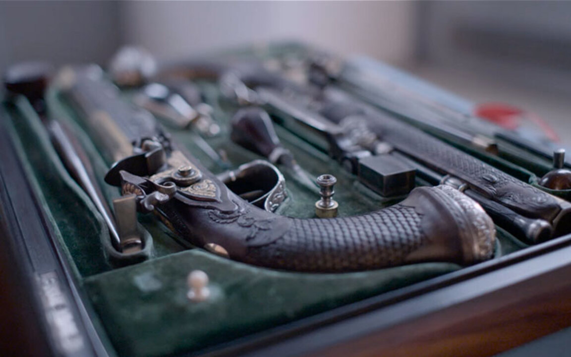 The pistols owned by men who c auction at Christies