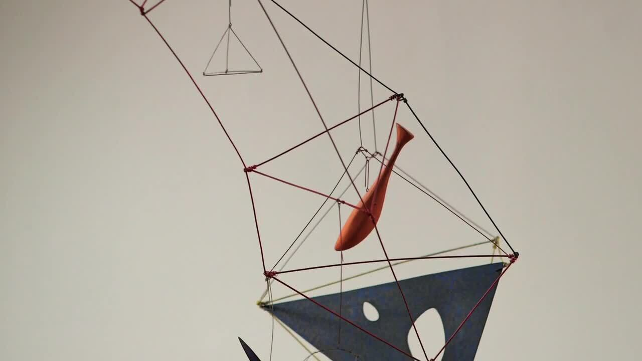 360 View: Alexander Calder's D auction at Christies