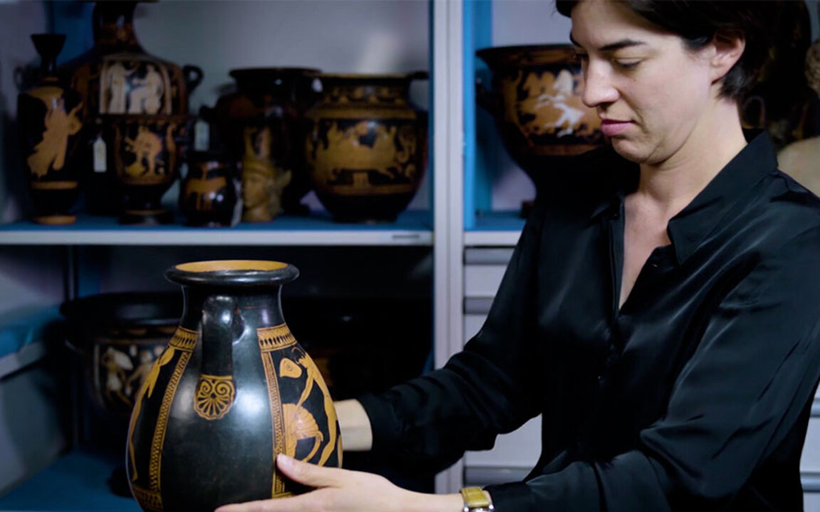 5 minutes with… An Attic vase  auction at Christies