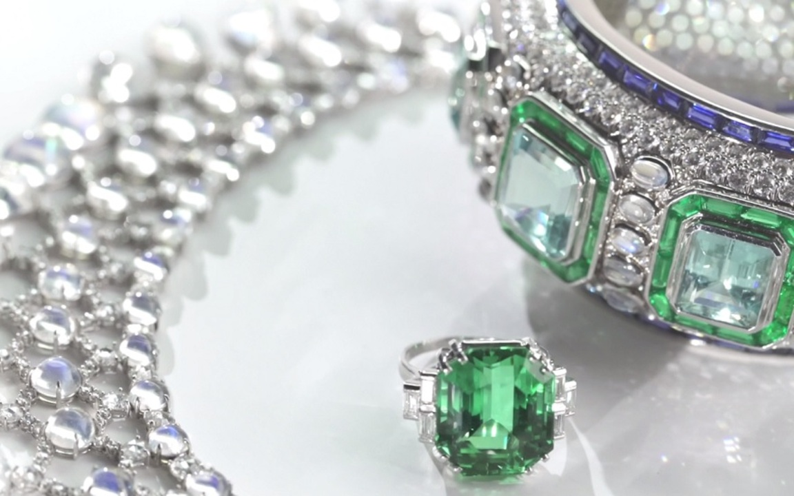 In the lap of luxury — Jewels, auction at Christies