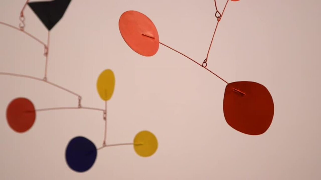 360 View: Alexander Calder's B auction at Christies