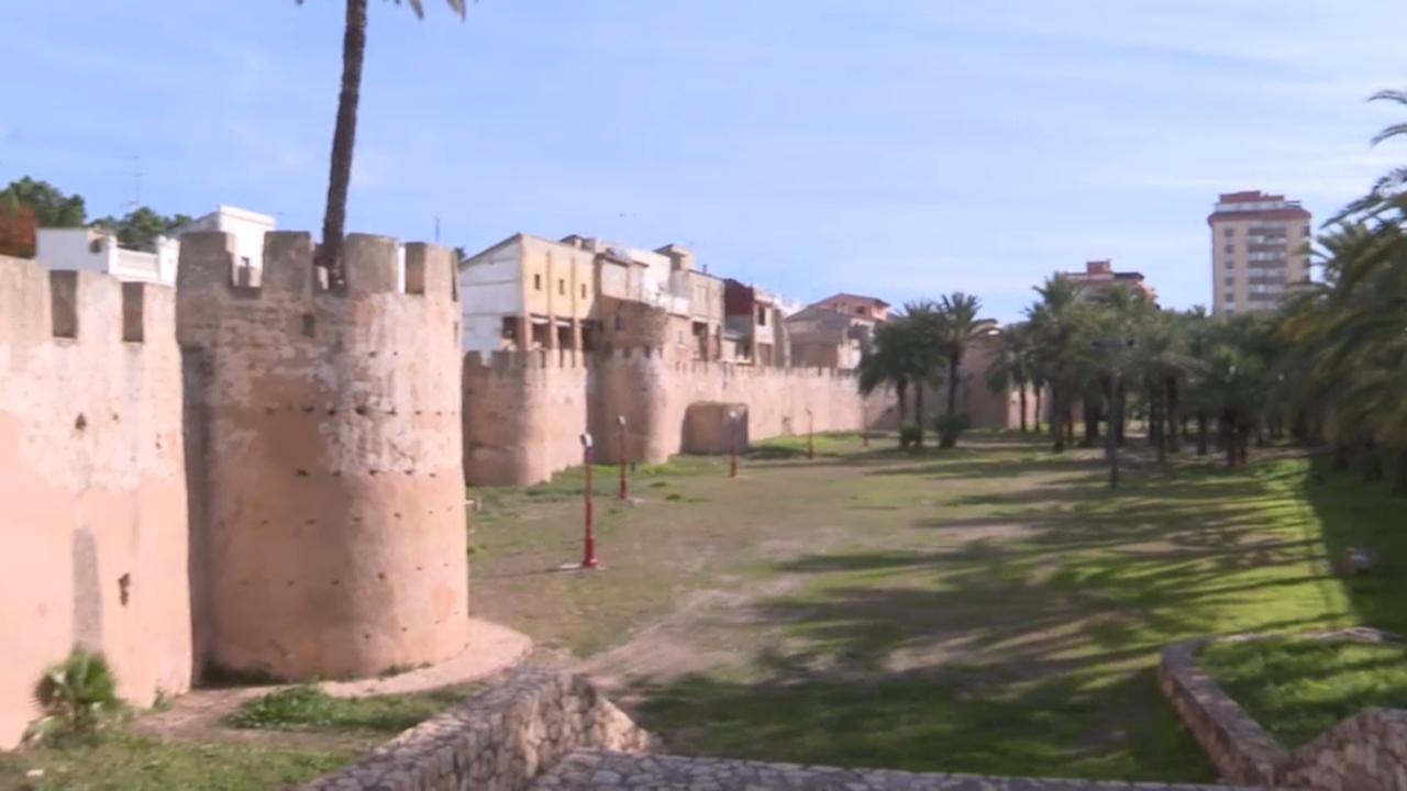 Muralles de la vila d'Alzira