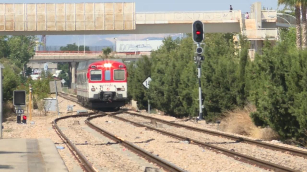 La línia C3 de Renfe, encara sense electrificar