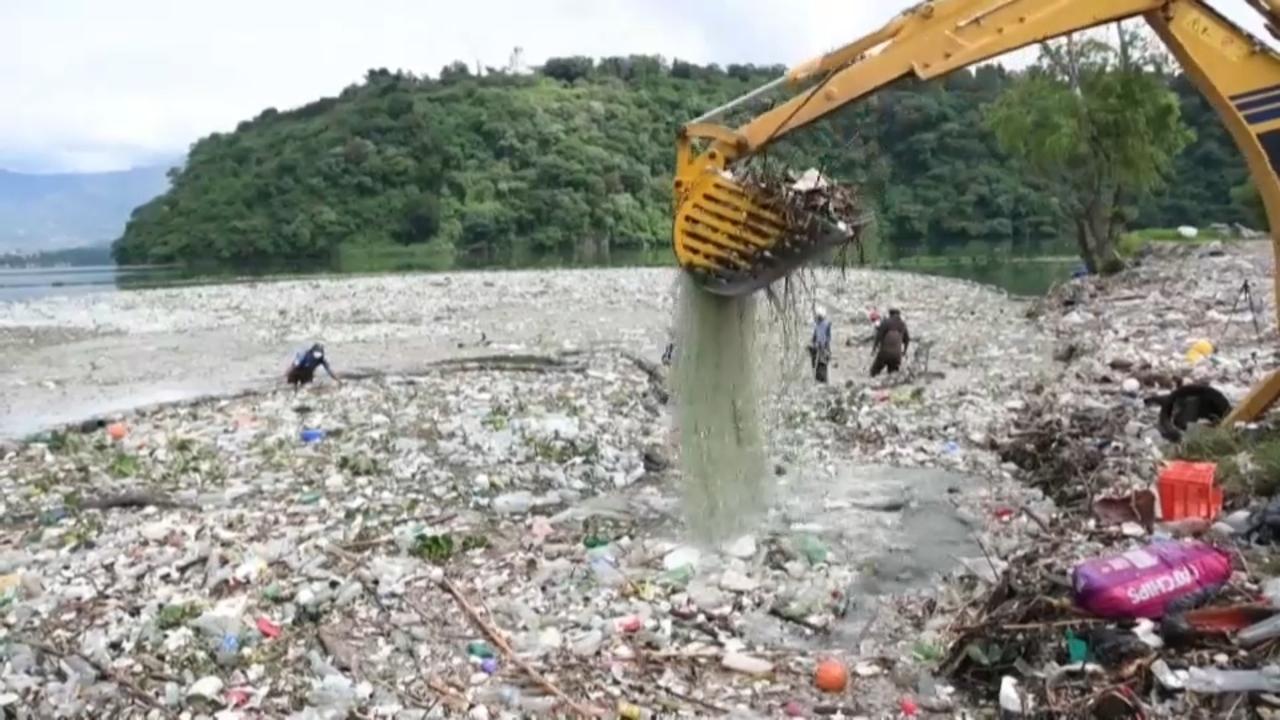 El plàstic s'acumula al planeta sense reciclar-se