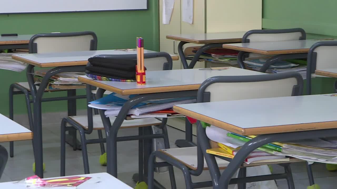 Mares i pares dels alumnes asseguren que la falta de servei afecta al despoblament